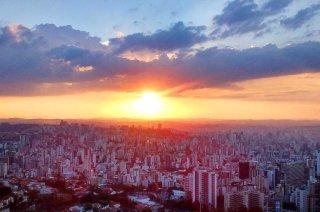 W ponad 100-letniej historii, miasto jest w trójce największych miast Brazylii. / The more than 100-year history, the city is on the list of the three largest cities in Brazil.